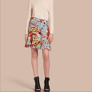 Burberry Women's Floral Flared-hem Silk Skirt